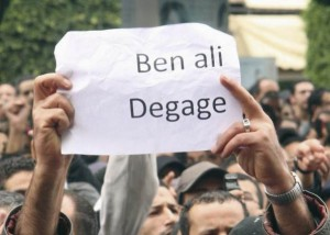Ben Ali Dégage (Reuters, Le Post, 15 janvier 2011)