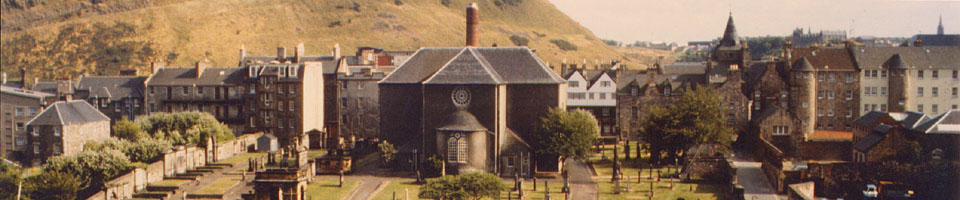 Sur la tombe d'Adam Smith / Cannongate Church, Eindburgh, Ecosse, aot 1989